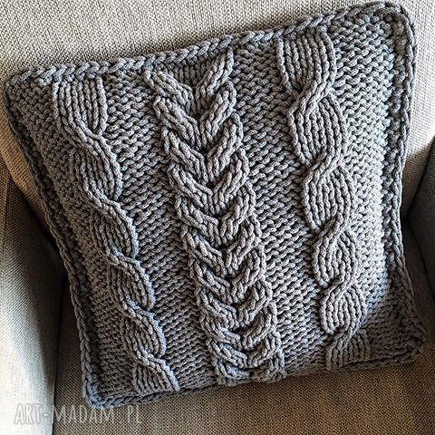 ręcznie zrobione poduszki poduszka dziergana plecionka warkoczowa