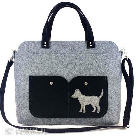 gray laptop bag with dog, torebka, filc, technika szycie, piesek, laptop