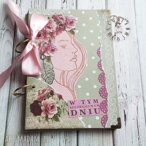 scrapbooking notesy stylowy notes/pamiętnik w tym szczególnym dniu, róże, dziewczyna