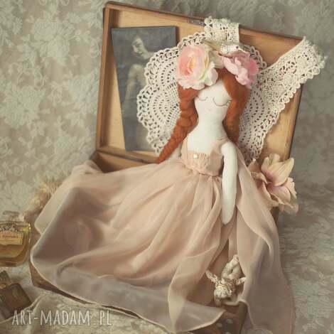 lalka aida - panna z innej epoki, lalka, wróżka