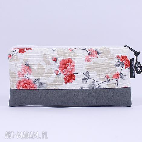 piórnik flowers 03, piórnik, kosmetyczka, róże, kwiaty, prezent, zamsz