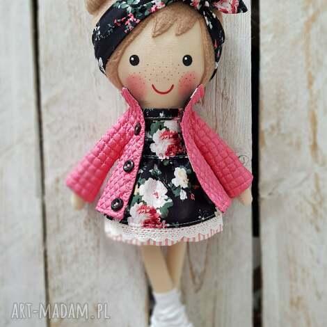 lalki malowana lala halinka, lalka, przytulanka, niespodzianka, zabawka, prezent