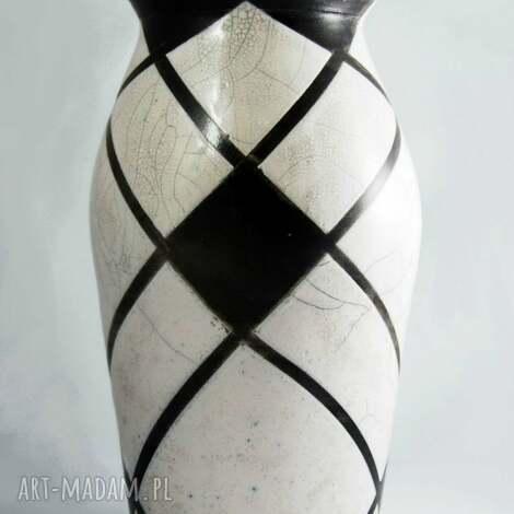 wazon raku biało-czarny, raku, ceramika, krakle, ceramika artystyczna, wypał