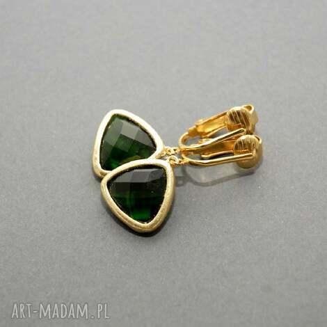 zielone klipsy, ciemnozielone, szkło, eleganckie, skromne, delikatne, kolorowe klipsy