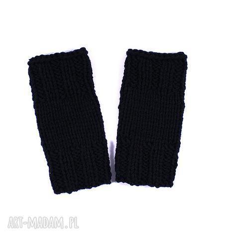mitenki krótkie czarne - mitenki, rękawiczki, zima, ręka, dziergane