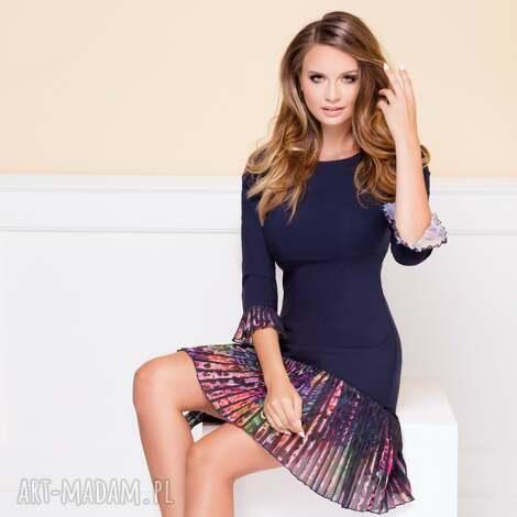 sukienka cynthia charm - plisowana-sukienka, sukienka-z-plisą, dopasowana-sukienka