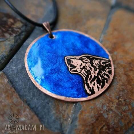 wisiorki niebieski księżyc i wilk - wisior z malowanej miedzi żywicy, wilk, wilki