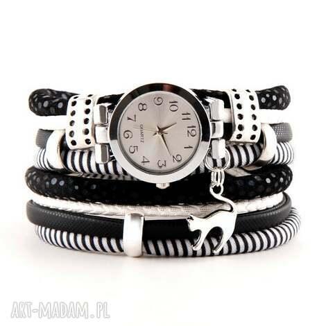 zegarek - bransoletka czarno - biały z zawieszką kot, zegarek