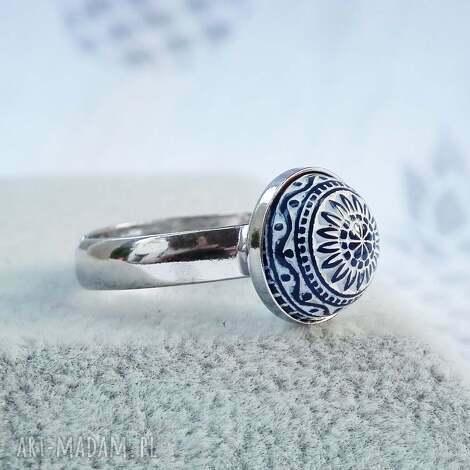 srebrny pierścionek regulowany, srebro, ze srebra, 925, mozaikowy, skromny
