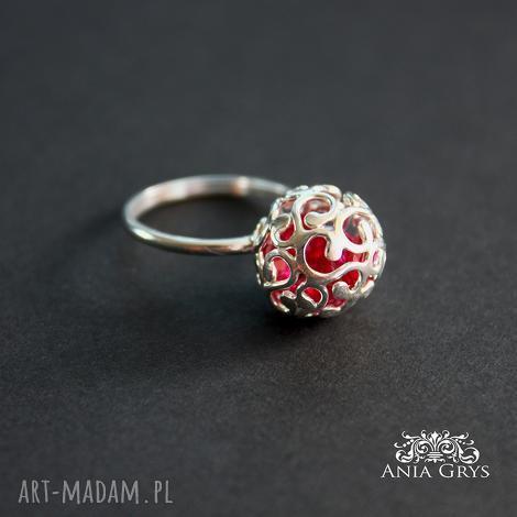 ażurowa kulka, ażurowa, srebrny, pierścionek, aniagrys