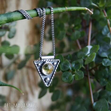 strzałeczka z cytrynem - boho trójkątny, strzałka delikatny indiański
