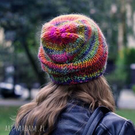 kolorowa czapka, na drutach, kolorowaczapka, naprezent, czapki, nagłowę
