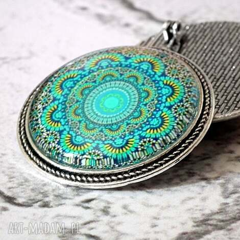 turkusowa mandala - piękna broszka - turkus, niebiski, modna, mandale, broszka