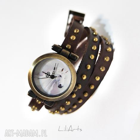 zegarki bransoletka, zegarek - biały koń brązowy, nity, skórzany