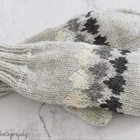 szare z sercami - rękawiczki, jednopalczaste, serca, dziergane, wełna