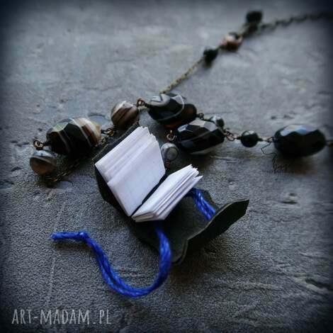 miedziany naszyjnik z prawidziwą malutką książeczną skarb czytacza