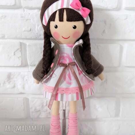 pod choinkę prezent, malowana lala pola, lalka, zabawka, przytulanka, prezent
