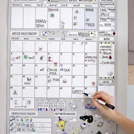 planer miesięczny na ścianę lub szafkę dla rodziny - suchościeralny motywator