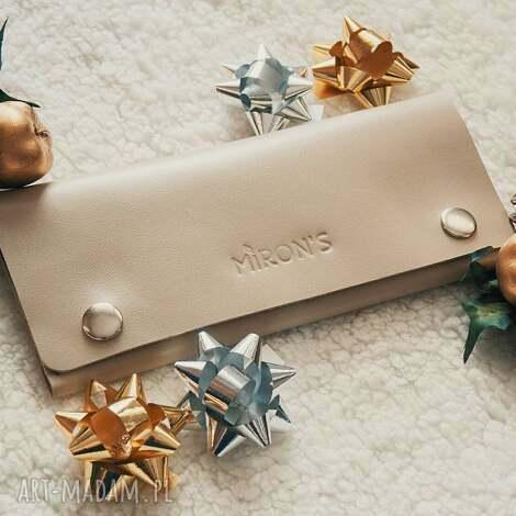 portfel skórzany kremowy, portfel, damski, minimalistyczny, prezent, skóra