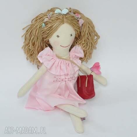 lalki lisa w różowej sukience z falbanką, lalka, szmacianka, przytulanka dla dziecka