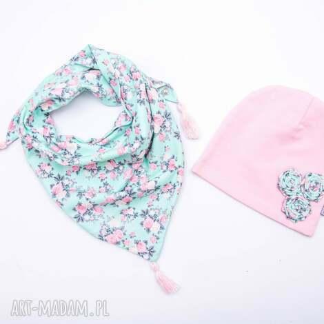 komplet dla dziewczynki czapka z apaszką róże na turkusie - czapka, chusta