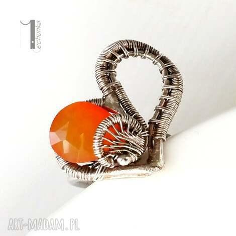 karmelove - srebrny pierścionek z karneolem, karneol, srebro, wirewrapping, elegancki