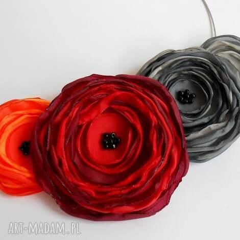 kwiatowa kolia - kwiaty, kolia, naszyjnik, biżuteria, kobieta, prezent