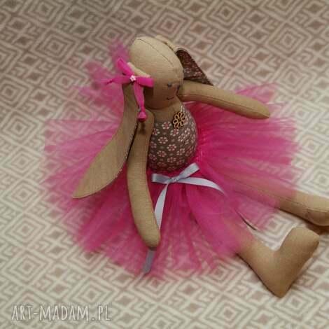 baletnica beżowy kwiatuszek - królik, baletnica, zając, roczek, przytulanka