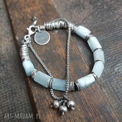 bransoletka ze srebra i akwamarynów, akwamaryn polerowany