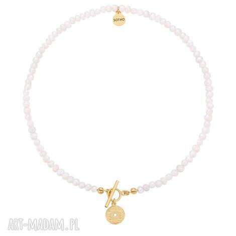 naszyjnik z pereł naturalnych ze złotym medalionem, perły medalin