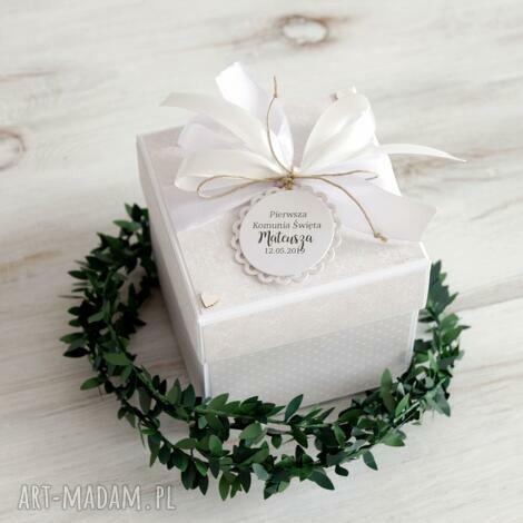 pudełko kartka pierwsza komunia święta, prezent