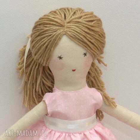 lisa w różowej sukni, lalka, szmaciana, prezent, dla-dziecka, szyte, włosy dla