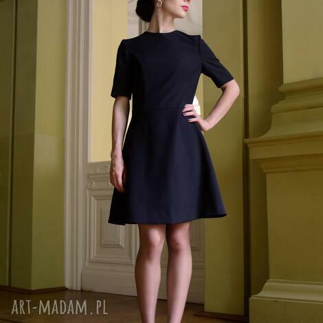 tuniki klasyczna sukienka / czarna - jacklyn, prosta sukienka, mała