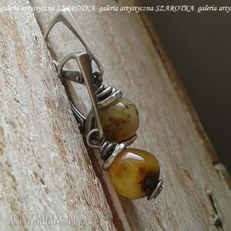 jesień nauszna kolczyki z bursztynu i srebra, bursztyn, srebro oksydowane