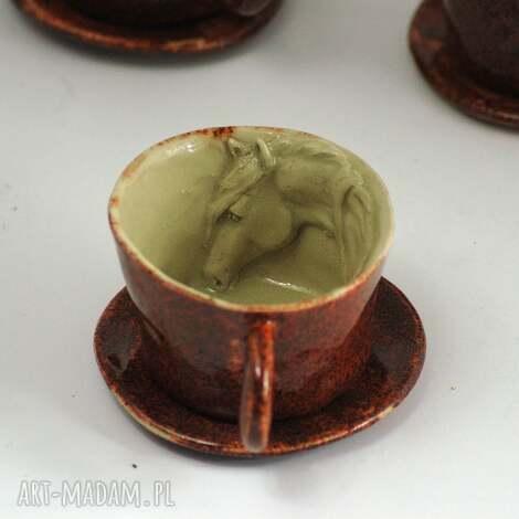 ceramiczna filiżanka kubek z koniem - czerwień granatu, kubek, zkoniem, naprezent