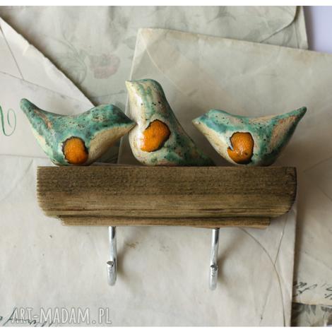 wieszaki wieszaczek z rudzikami krótki, ceramika, wieszak, drewno, ptak