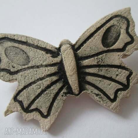 ceramiczna broszka motylek - broszka, motyl, ceramiczna, motylek, ceramiczny