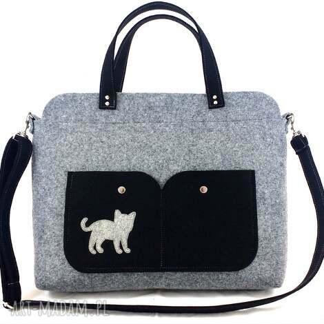 gray laptop bag with cat, torebka, filc, technika-szycie, kot, na laptopa