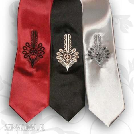 krawat z haftowana parzenicą, krawat, parzenica, haft, folk, góralski krawaty