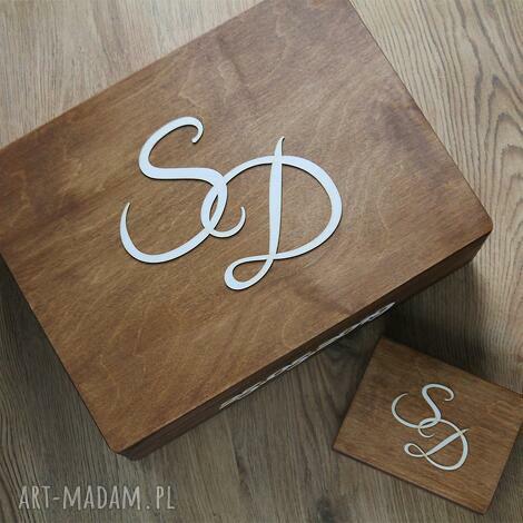 księgi gości zestaw pudełek z inicjałami, pudełko, drewno, obrączki, koperty