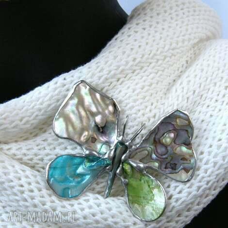broszka i wisior 2 w 1 motyl z tęczową muszlą - broszko-wisior
