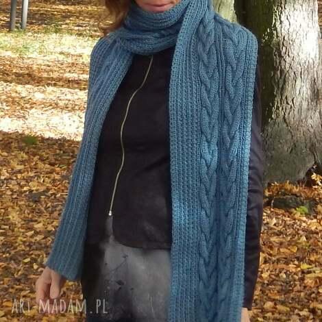 jeansowy szal - ciepły szal, zimowy dodatek, ręczna robota, wzór warkocz