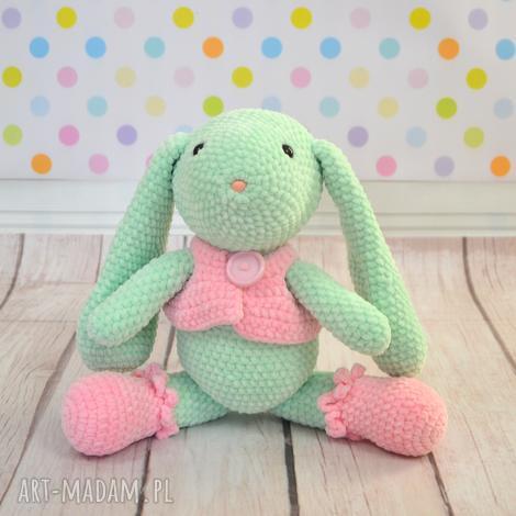 maskotki szydełkowy króliczek w kamizelce -xxl, królik, zając, miętowy, różowy