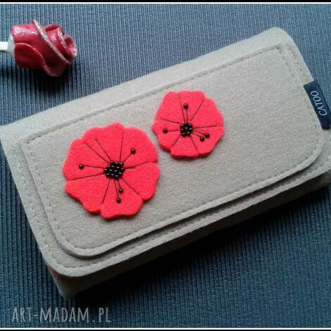 bezowy portfel z makami, portfel, maki, filc, prezent, filcowy, pod choinkę
