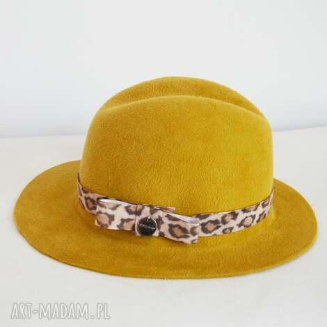 fedora karmelowa, kapelusz, karmel, pantera