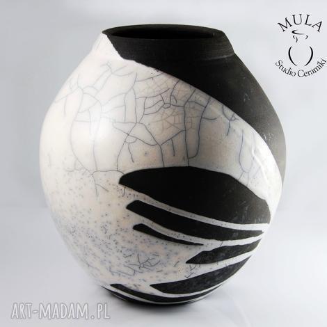 wazon biało-czarny raku, ceramika, wazon, krakle, technika