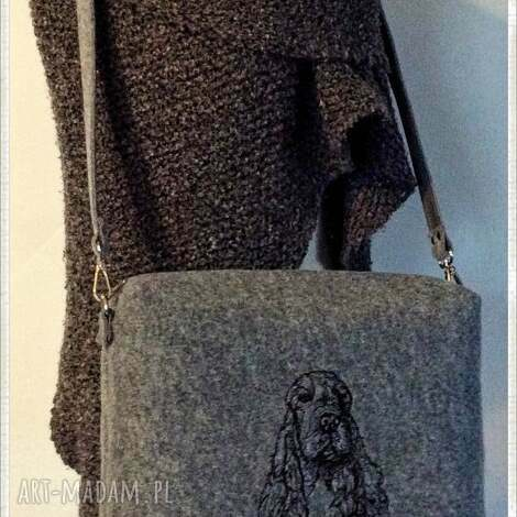 kufer cockel spaniel - kufer, pies, psy, haftowana, filcowa, haft