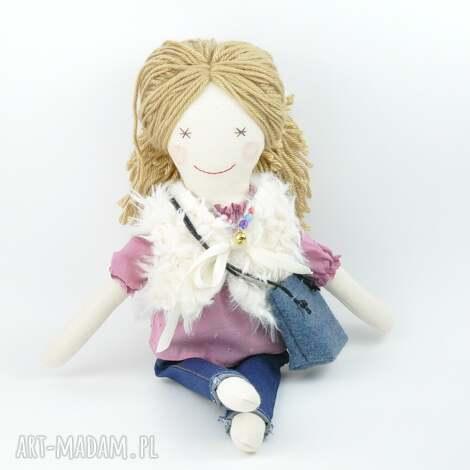 przytullale lala ręcznie robiona w dżinsach, lala, lalka, szmacianka, lalkawdżinsach
