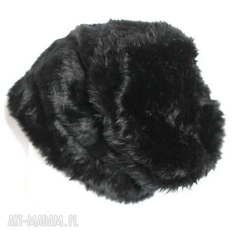 damska futrzana czapka czarna-wszystkie organy oddała gdy się w patologu