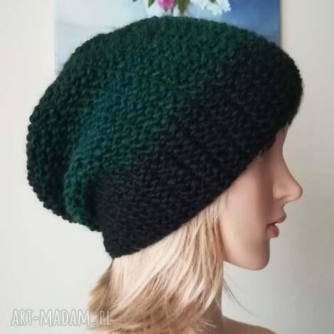 czarno-zielona czapka, rękodzieło zima, bezszwowa, styl, prezent